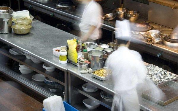 Moduli neutri componibili su misura per cucina professionale