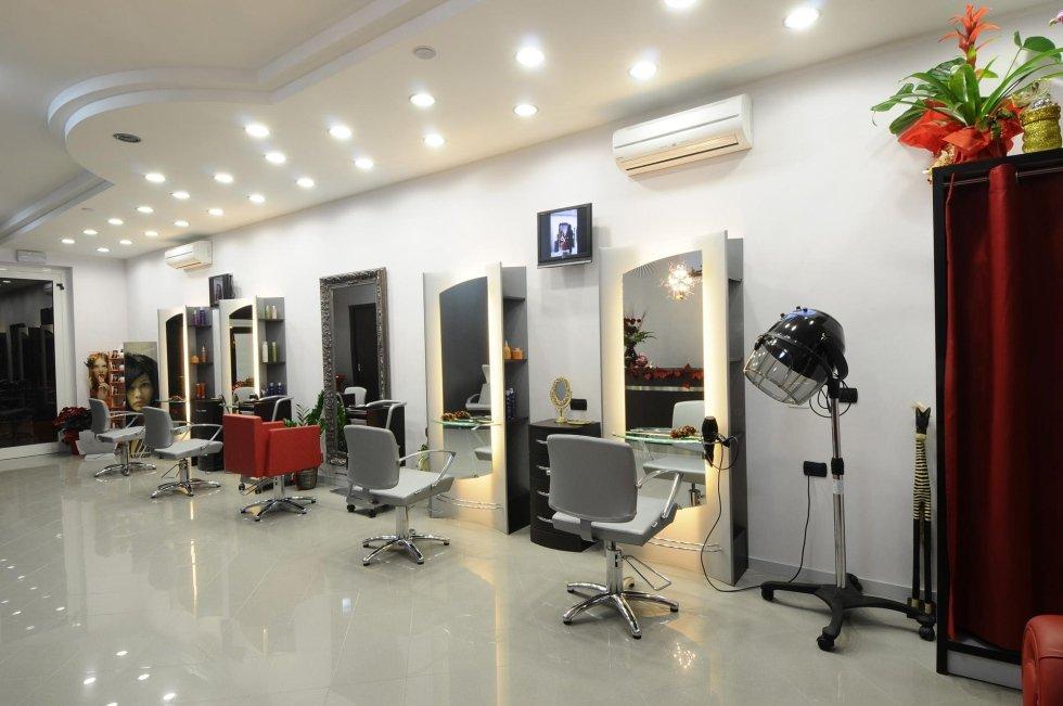 arredamento per parrucchieri e saloni di bellezza
