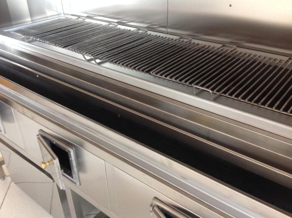 Produzione griglie per cucine professionale