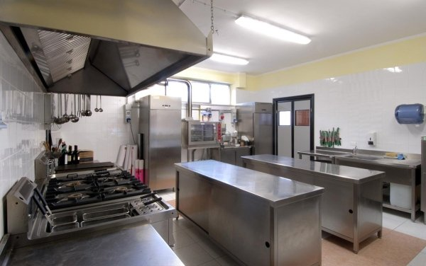 Impianti ed attrezzature per cucine ristoranti