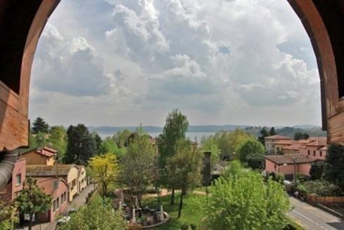Vista panoramica sul Lago di Varese