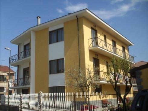 villa tre piani