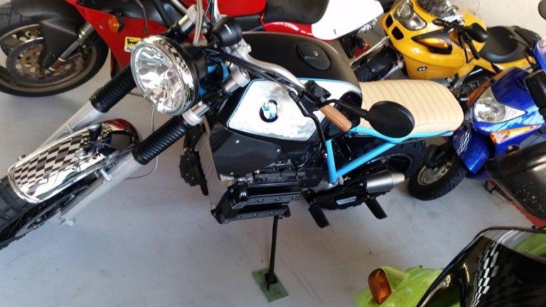 moto special su base Bmw k75