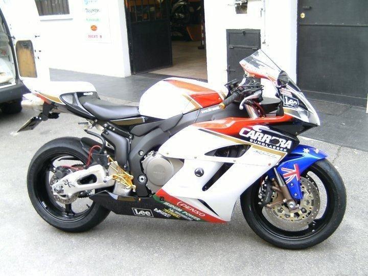 moto special