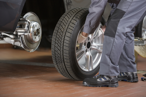 Experts providing tire repairing services and quality auto repair in Columbia