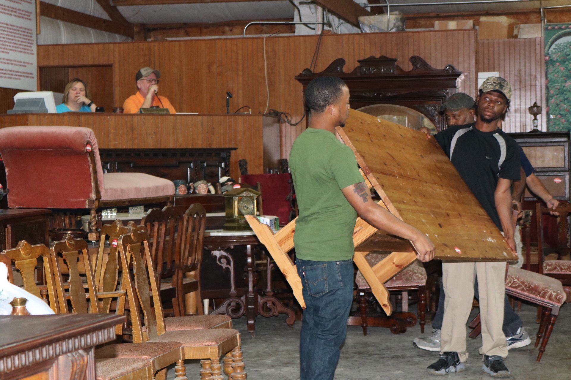 antique furniture auctions in central ar