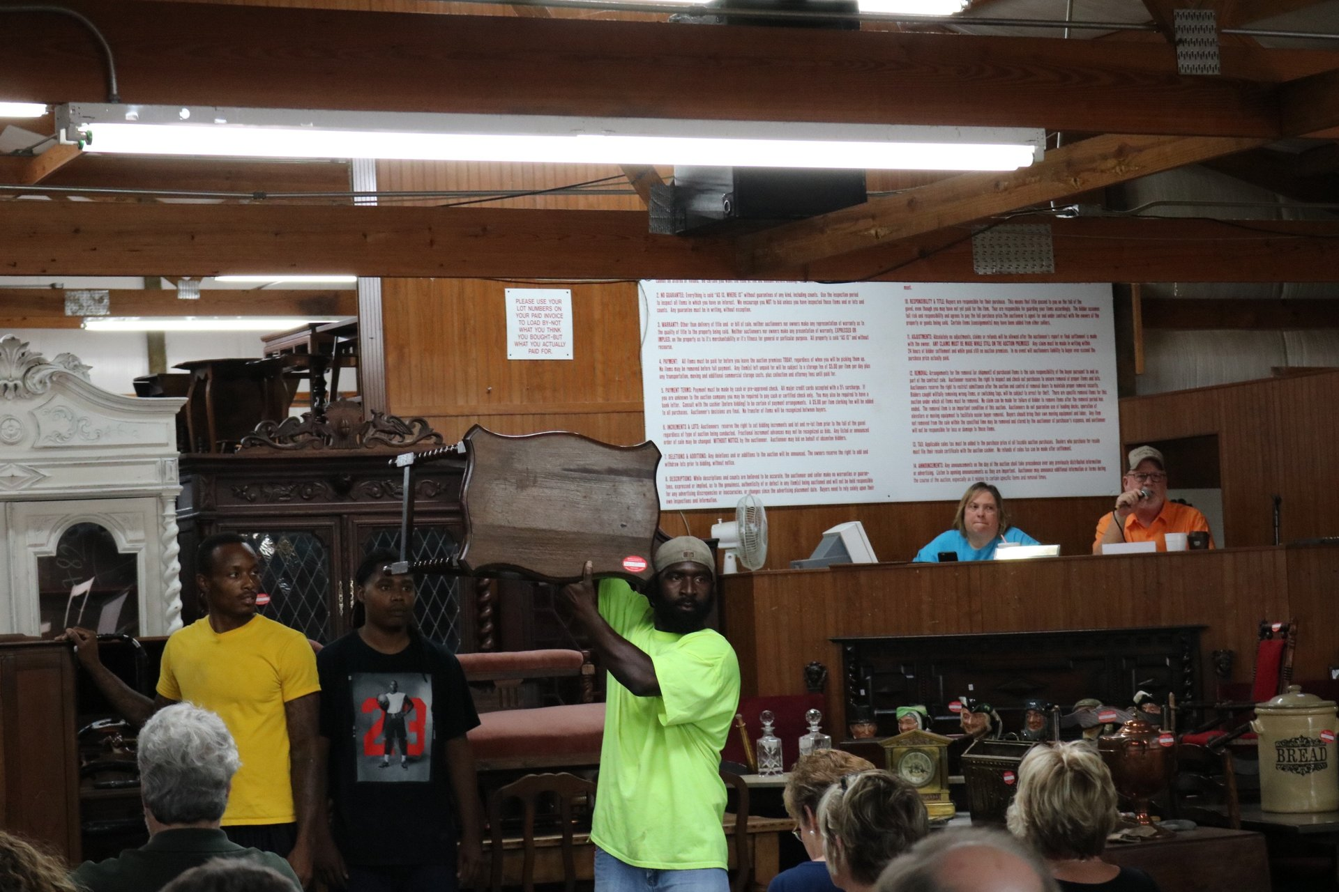 antique auctions in central ar