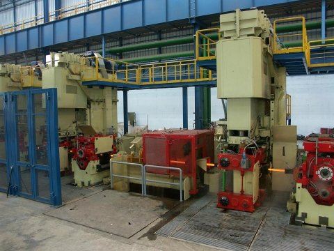rolling mill components - VERTICAL RETAINER