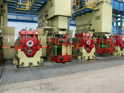 rolling mill components - HORIZONTAL AND VERTICAL RETAINERS