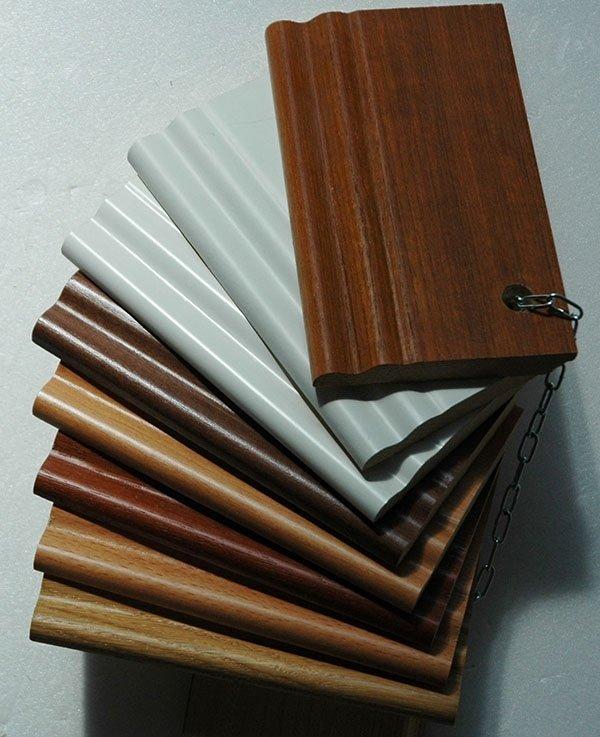 Battiscopa in legno ducale
