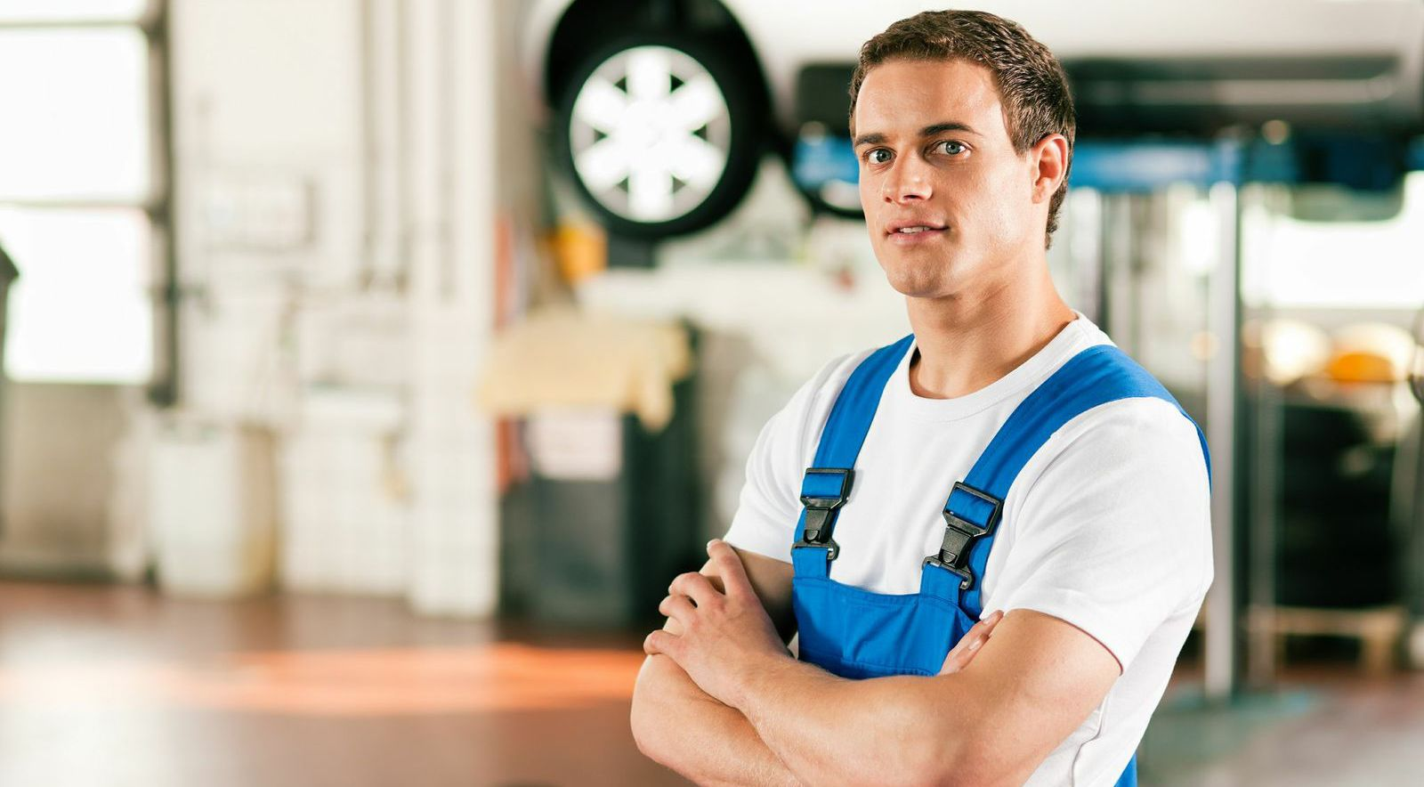 Our mechanic ready to help you