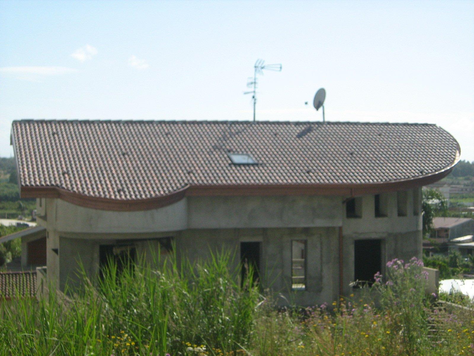 vista frontale di un edificio
