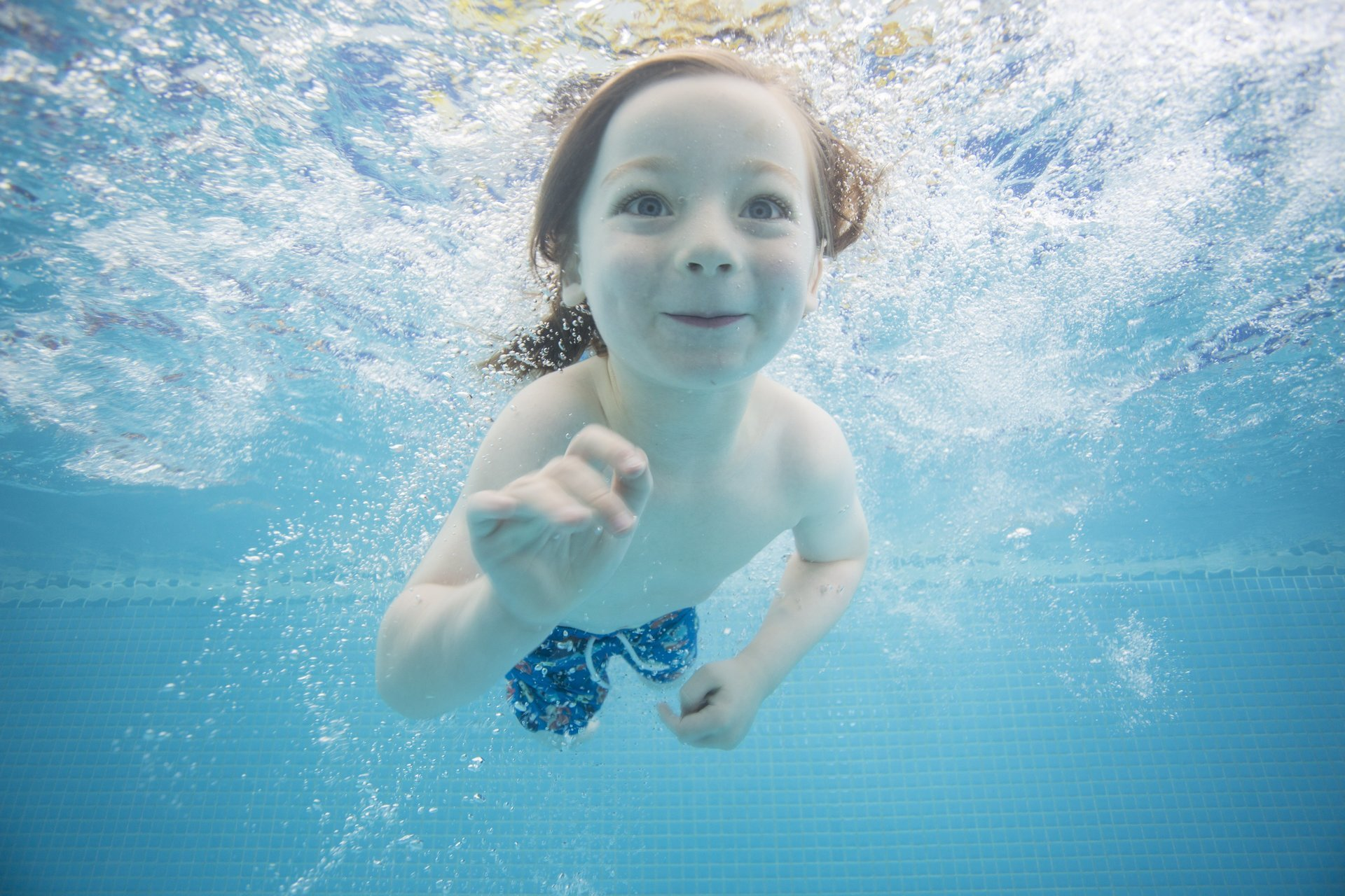 Pre-schoolers swimming classes
