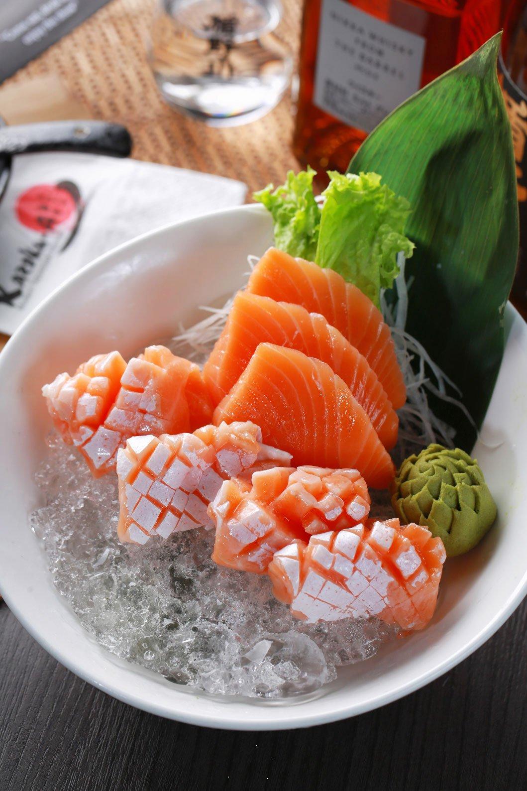The finest Salmon Sashimi is at tempura restaurant malaysia