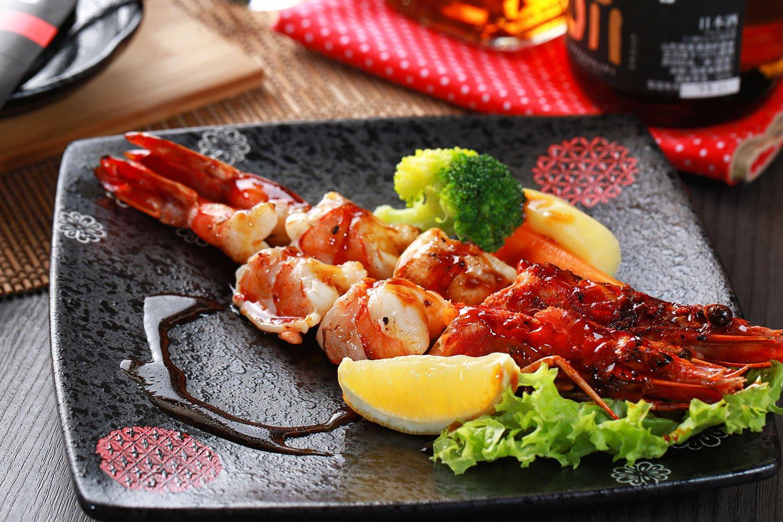 The Finest Teppanyaki Tiger King Prawns at Kazoku-Ai Restaurant