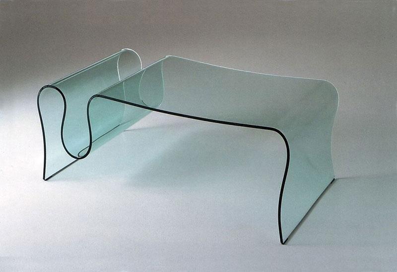 Tavolo in vetro Virgola
