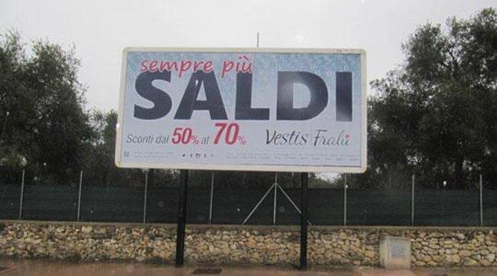 Cartelloni pubblicitari Via Siglienti Sassari
