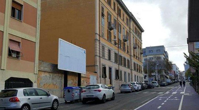 Cartellone pubblicitario Via Sardegna Sassari