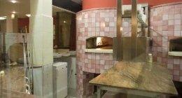 pizzeria con forno a legna, pizzeria classica, pizza tonda