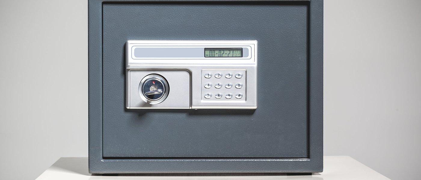 una cassaforte con pulsantiera