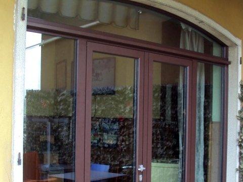 vetrina negozio