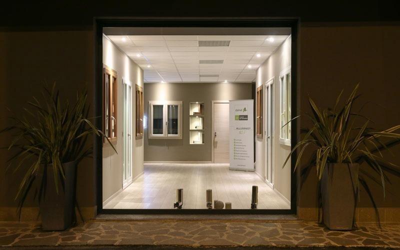 showroom serramenti bergamo