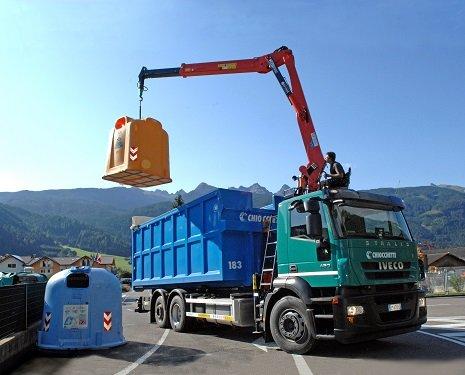 Servizio di raccolta rifiuti a Tesero