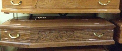 cassa funebre in rovere