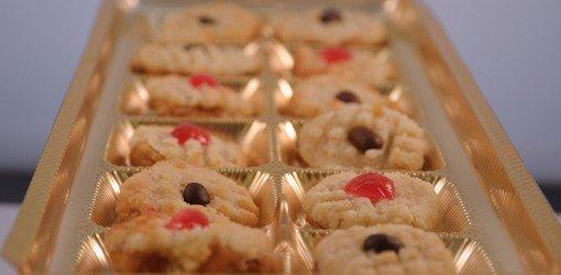 vassoio di biscotti secchi assortiti