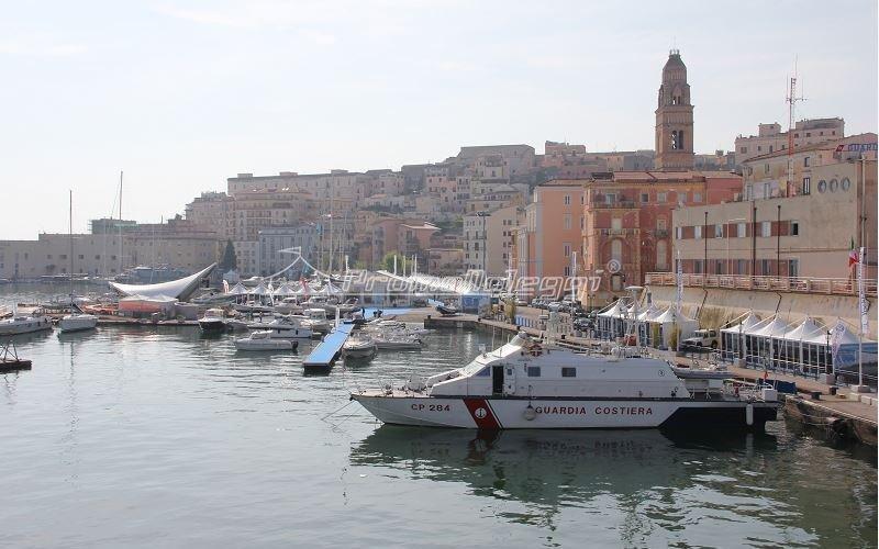 Tensostruttura Yacht Med festival 2015