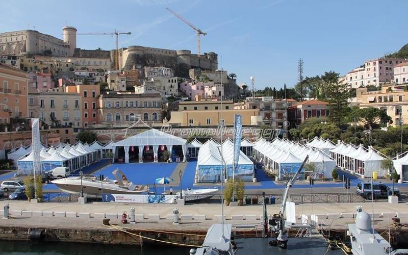 Yacht Med festival 2015 tensostrutture fronte mare