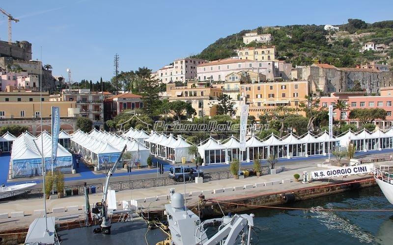 Tensostrutture Yacht Med festival 2015
