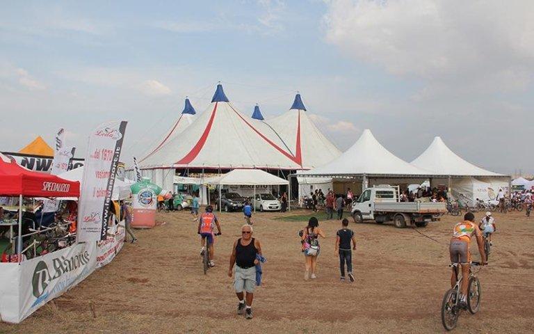 Installazione tenda da circo roma