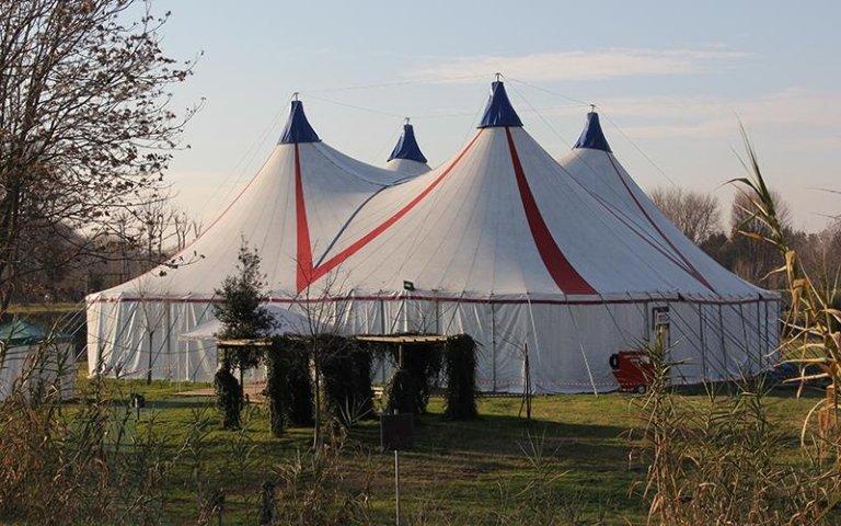 Installazione tenda da circo italia