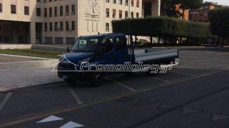 Camion per trasporti a roma