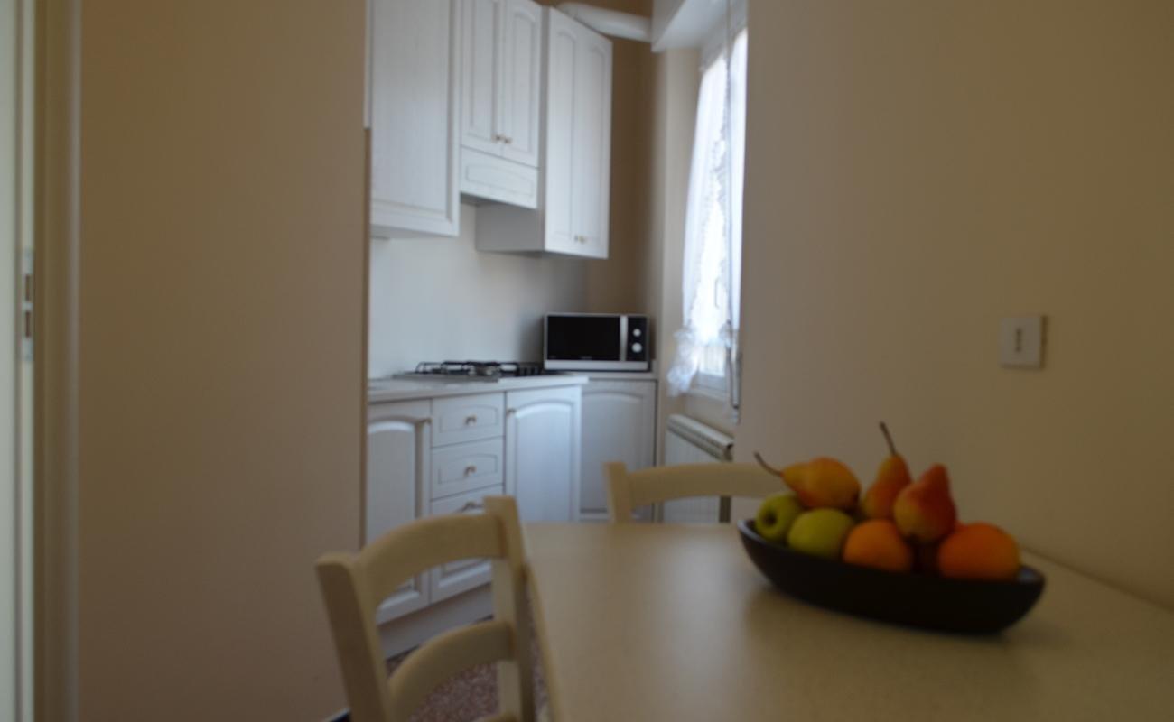 deux pi ces vacances varazze h tel villa elena. Black Bedroom Furniture Sets. Home Design Ideas