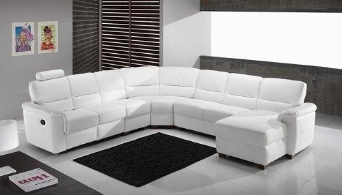 Sofà divano bianco estensibile con capacità per otto persone