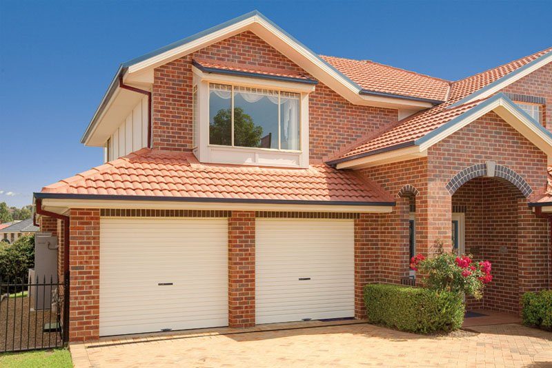 Garage Doors Supplies Installs And Repairs Garage Doors In