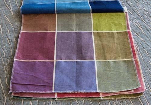 Campionatura di colori dove scegliere il tono desiderato sia per lettiera,l'ufficio di presidenza o la casa