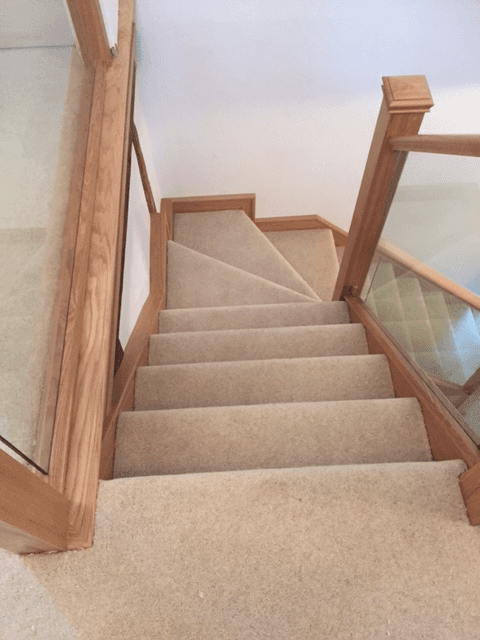 stair glass railing