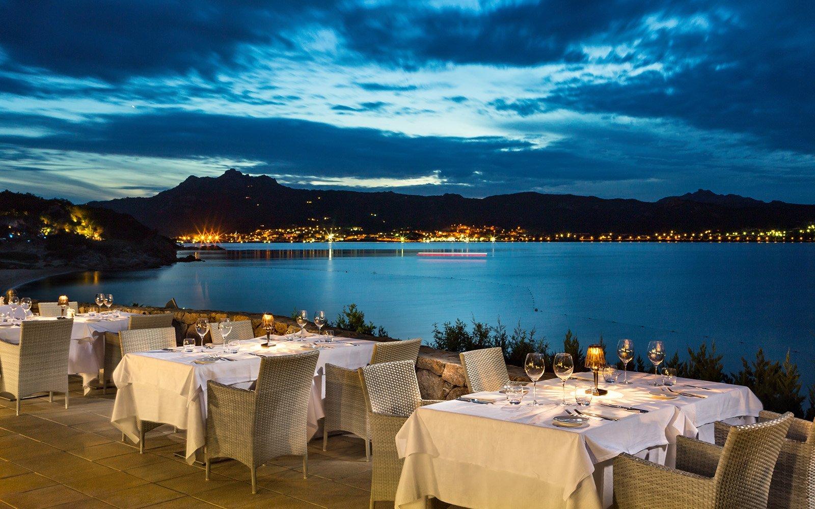 La notte in e dal ristorante