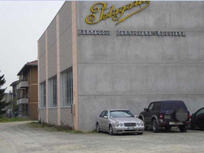 Realizzazione di nuova ala capannone adibita ad attività casearia sito in Parma