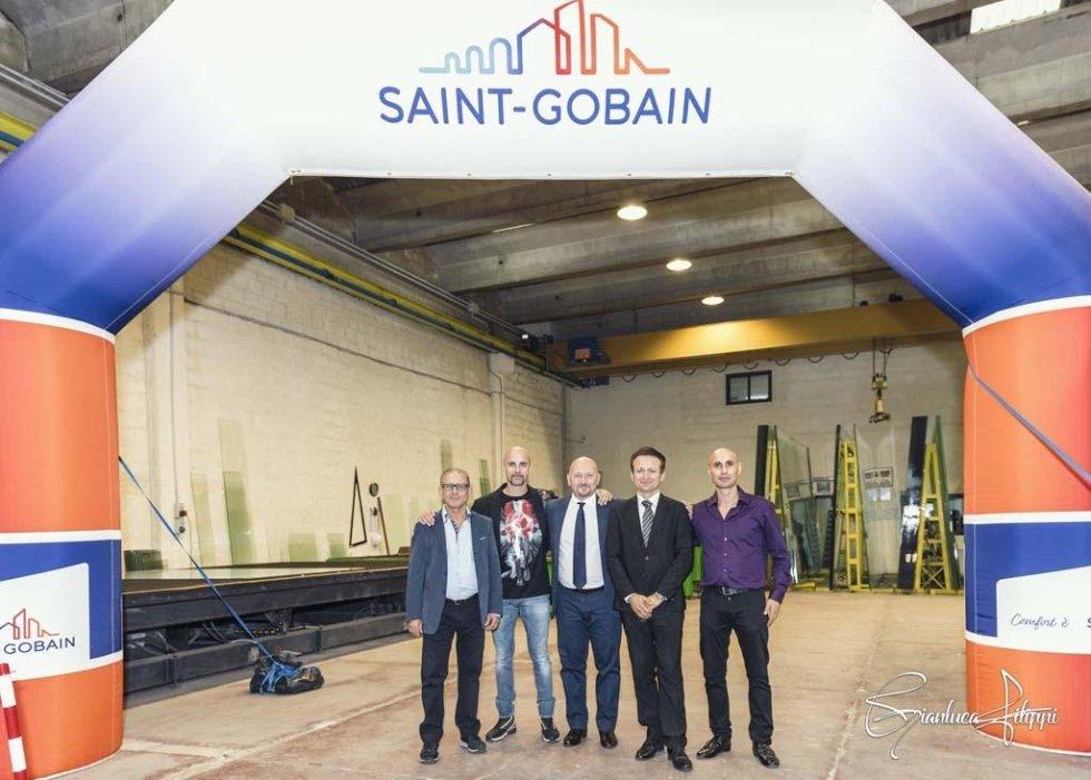 stand  SAINT_GOBAIN