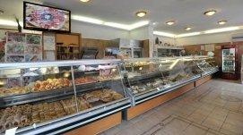 prodotti di pasticceria, catering per  banchetti e rinfreschi