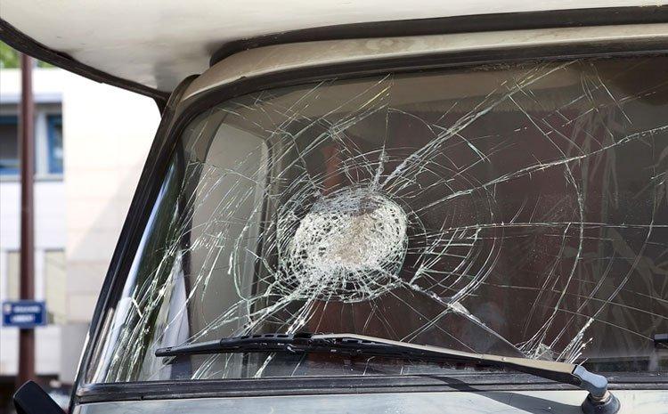 Shattered van windscreen
