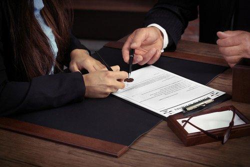 firma di contratto
