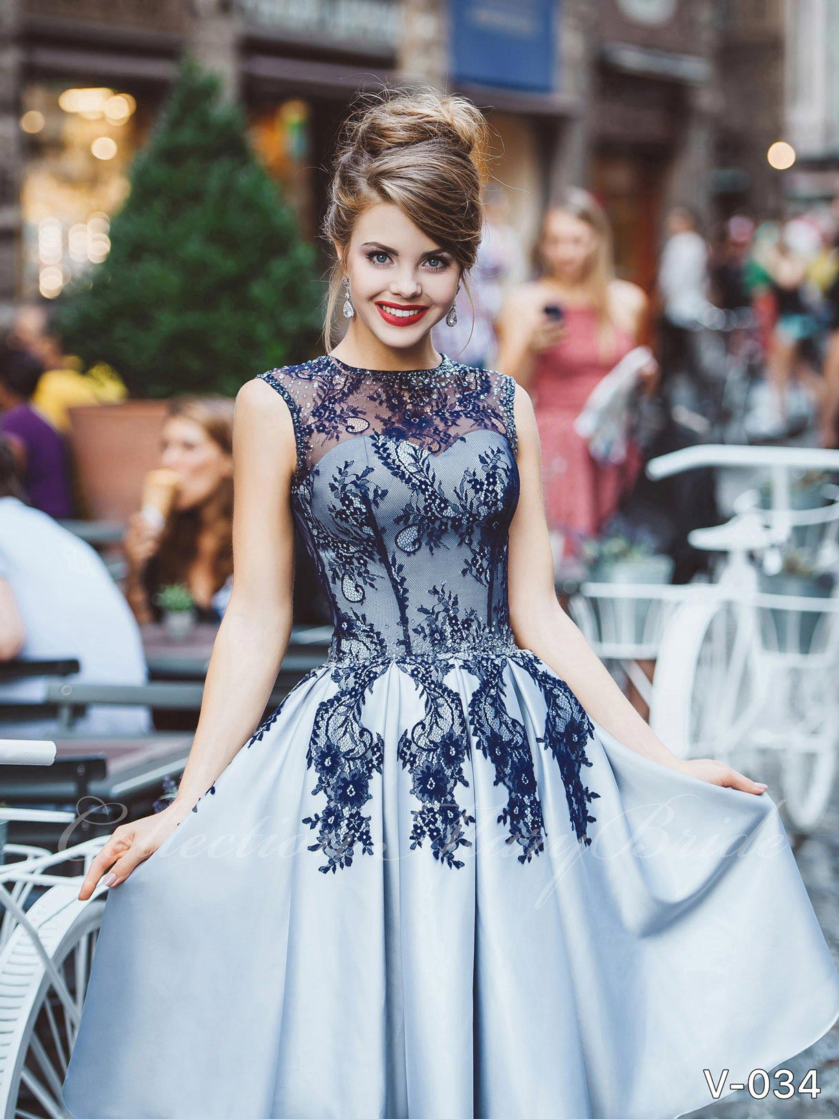 Evening dresses Collections