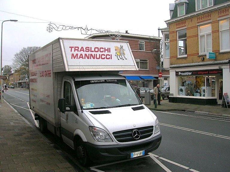 trasporto di TRASLOCHI MANNUCCI durante servizio