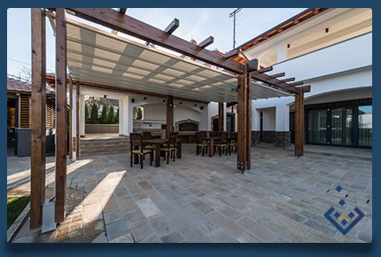 carli construction pergolas and decking