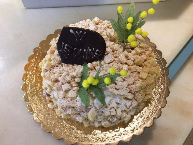 torta festa della donna